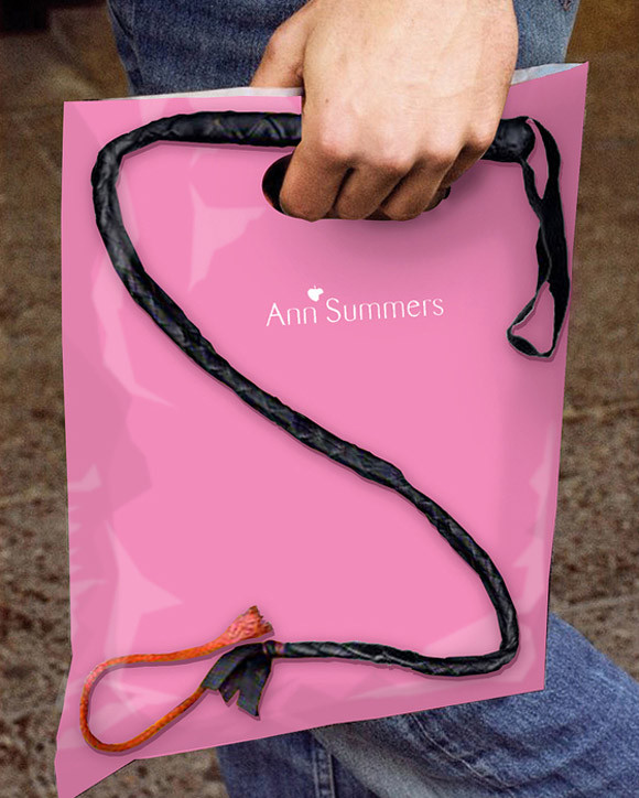 sac publicitaire fouet ann summers