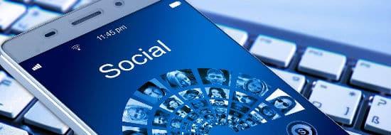 Social Media : les conseils pour réussir votre stratégie sur les réseaux sociaux [inclus 10 astuces]