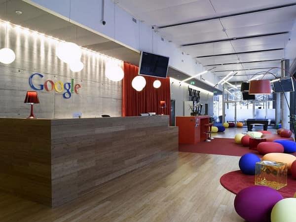 reception Google zurich ecran communication interne